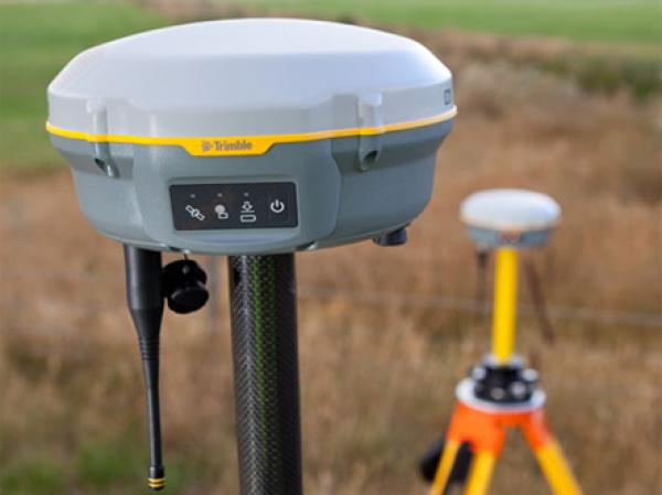 MÁY ĐỊNH VỊ VỆ TINH 2 TẦN SỐ TRIMBLE R8S GNSS